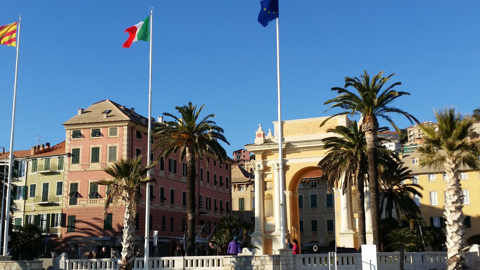 Finale Ligure - Piazza Vittorio Emanuele